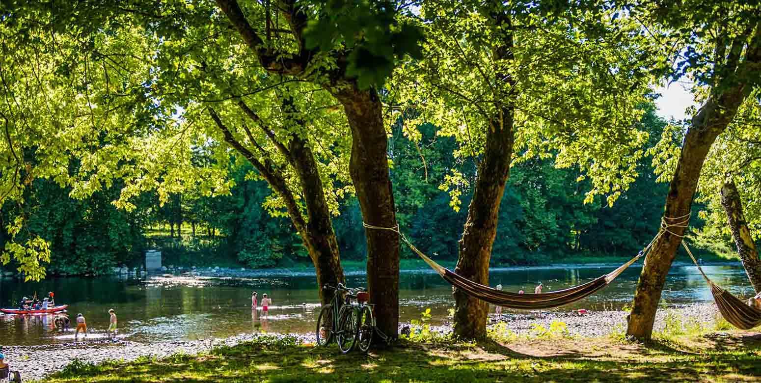 Camping rivière vallée de la Dordogne