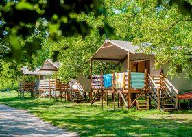Location insolites camping 3 étoiles Creysse