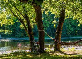 camping bord de rivière vallée de la Dordogne