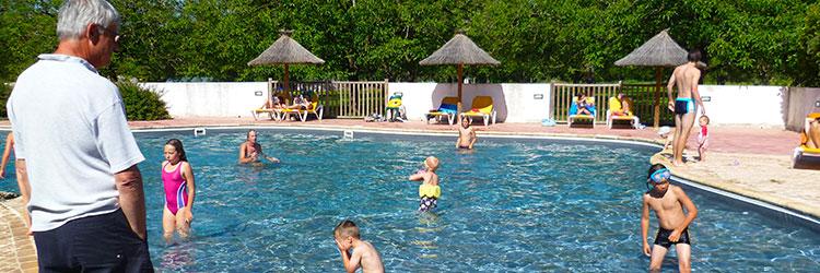 vacances avec piscine en dordogne